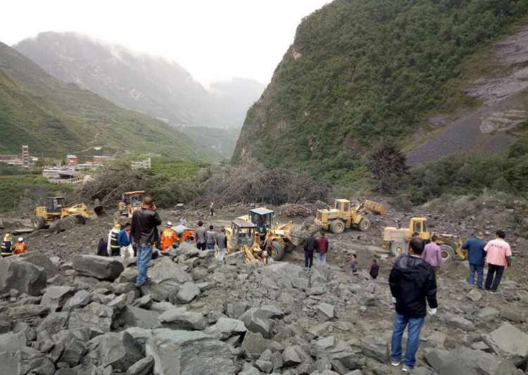Over 100 people feared buried in southwest China landslide- India Tv