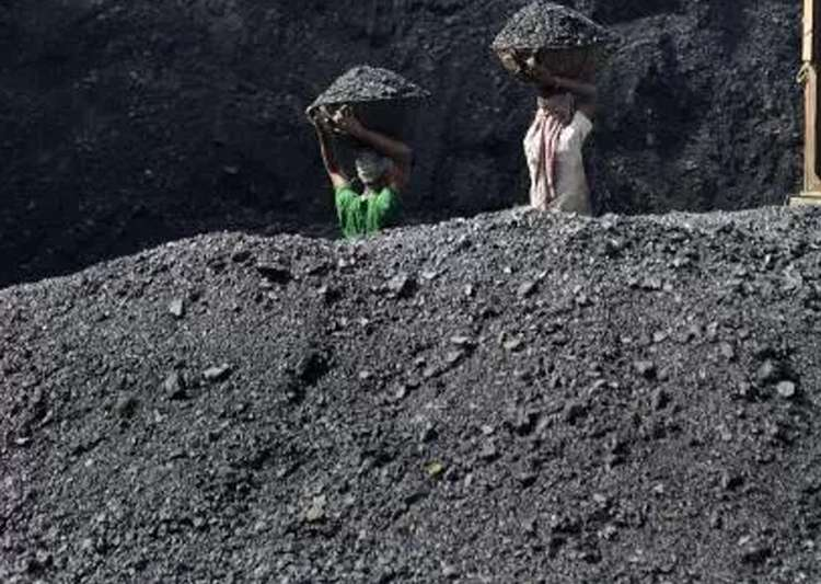 CIL to save Rs 800-1000 crore by closing 37 loss making- India Tv