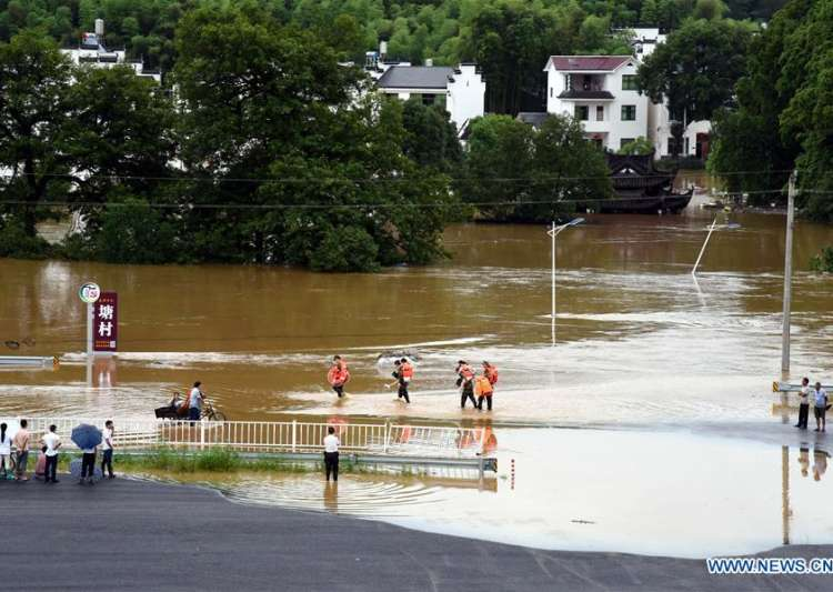 China floods: At least 34 killed, 4.5 lakh people being- India Tv