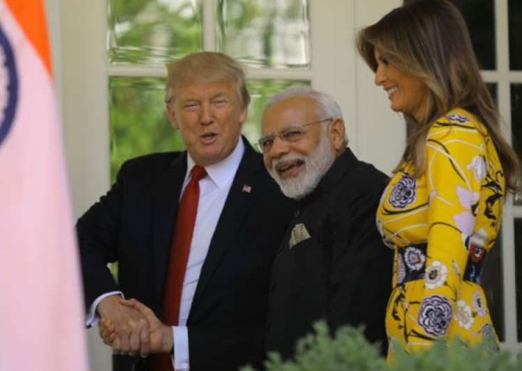 Lincoln stamp, hand-woven shawls, silver bracelet: What PM- India Tv