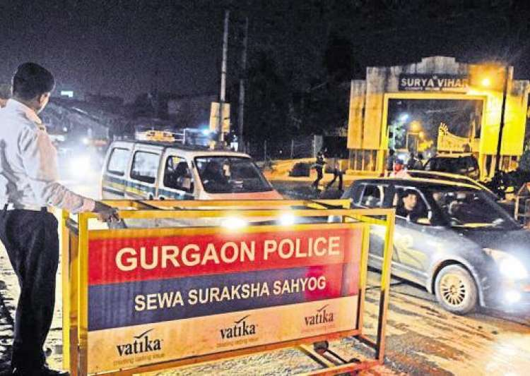 Woman alleges gang rape in auto-rickshaw