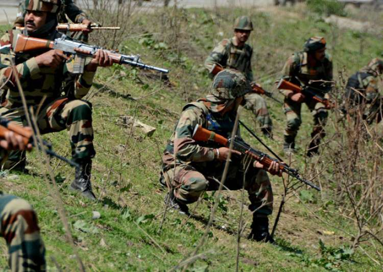 Army convoy attacked by militants in J-K, one jawan killed