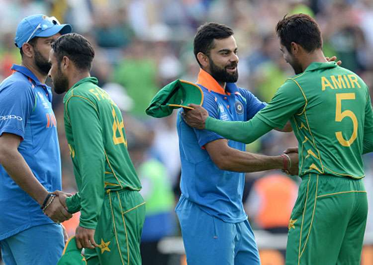 Virat Kohli and Mohammed Amir shake hands after the match.- India Tv