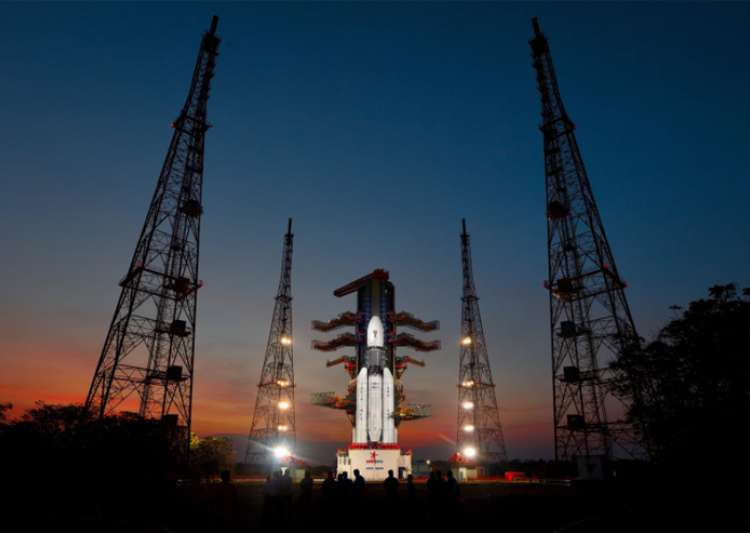 GSLV Mk-III-D1 carrying GSAT-19 communication satellite at India Tv