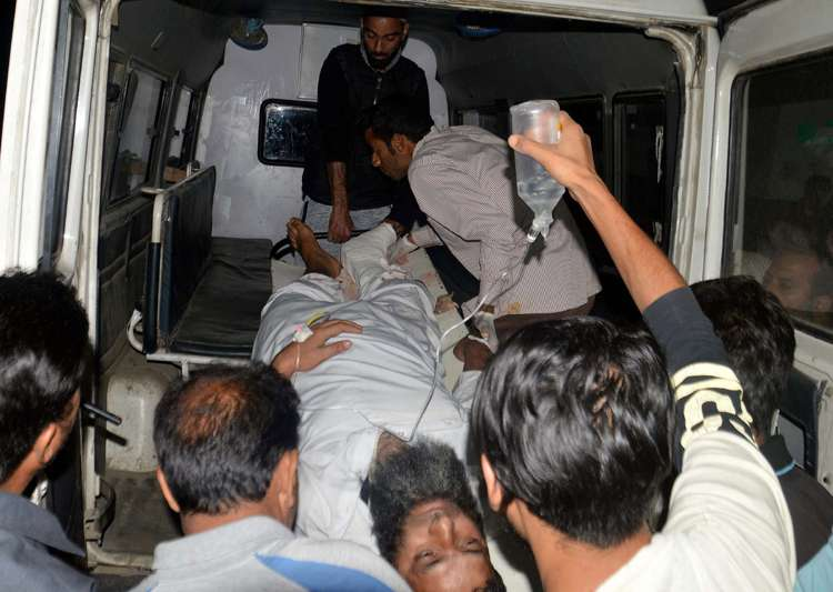 Policeman injured in attack on retired HC judge's guard post