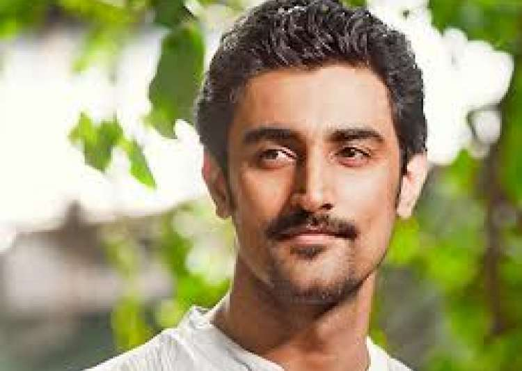 Kunal Kapoor likes to explore India more than abroad