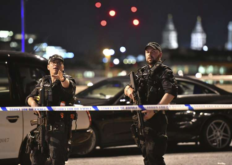 Police cars in the area of London Bridge after terror- India Tv