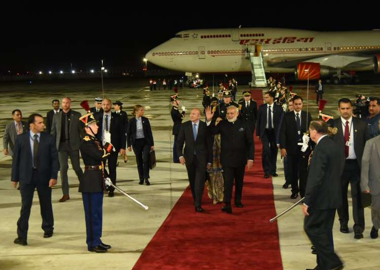 PM Modi arrives in France on last leg of 4-nation tour- India Tv