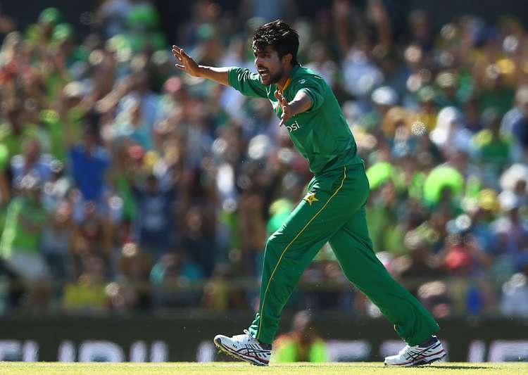 Mohammad Amir in action - India Tv