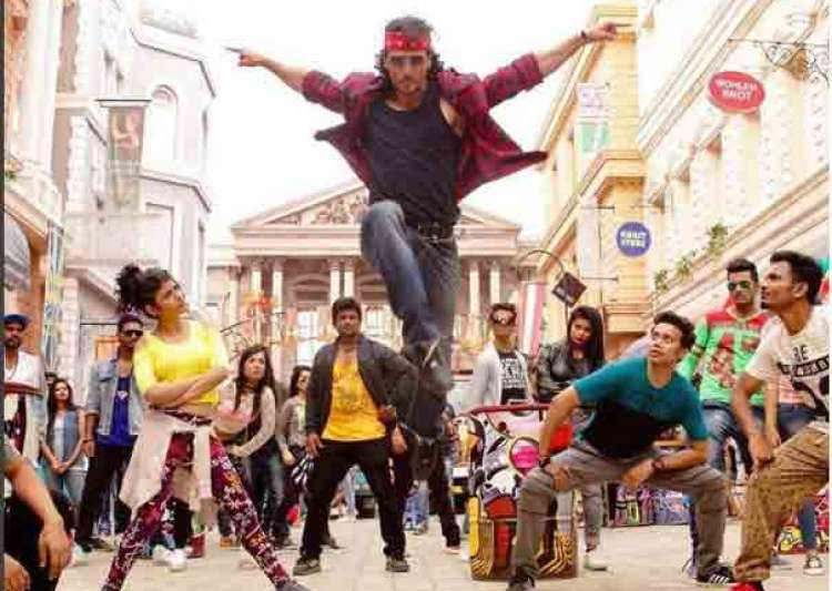 Munna Michael trailer: Tiger enthralls with his MJ moves
