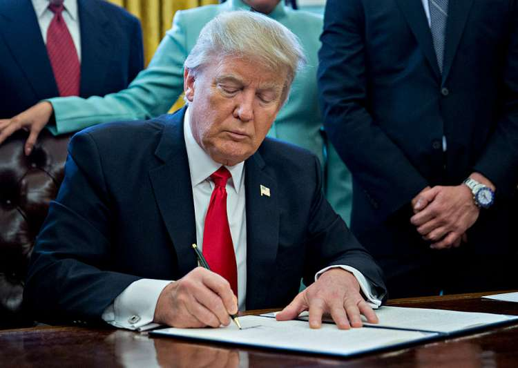 Trump administration approves stringent visa norms - India Tv