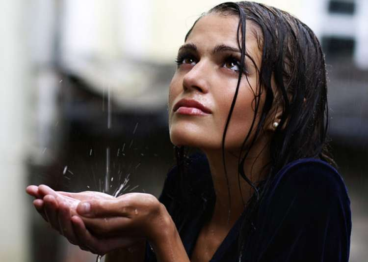 monsoon eye infection prevention- India Tv