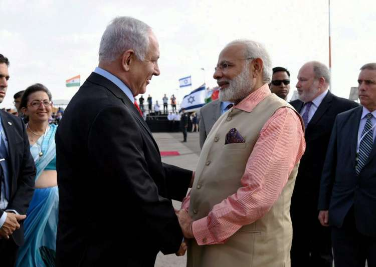 PM Modi being seen off by Netanyahu as he emplanes for- India Tv