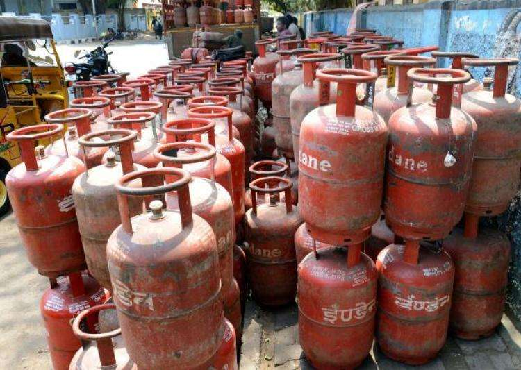 Representational pic - Subsidised LPG rate hiked by up to- India Tv