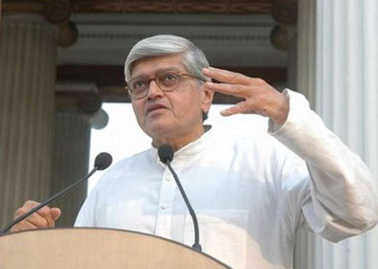 Opposition picks Gopalkrishna Gandhi as its