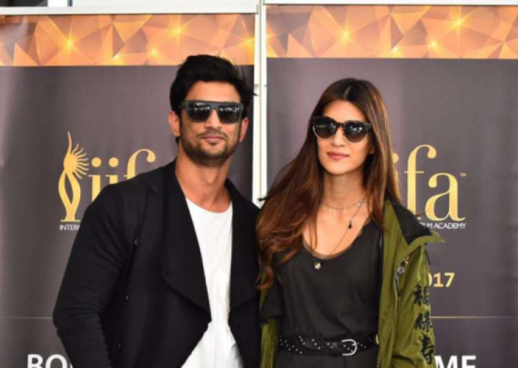 IIFA Awards begin, Bollywood madness takes over New York's Times Square