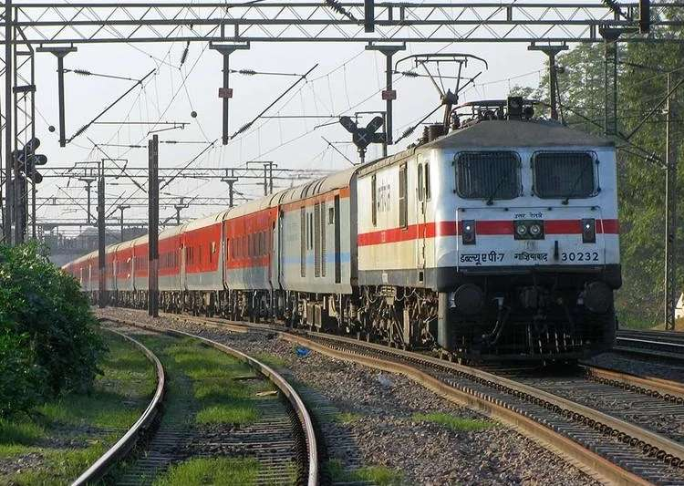 Railways to allow foreigners to book ticket 360 days in