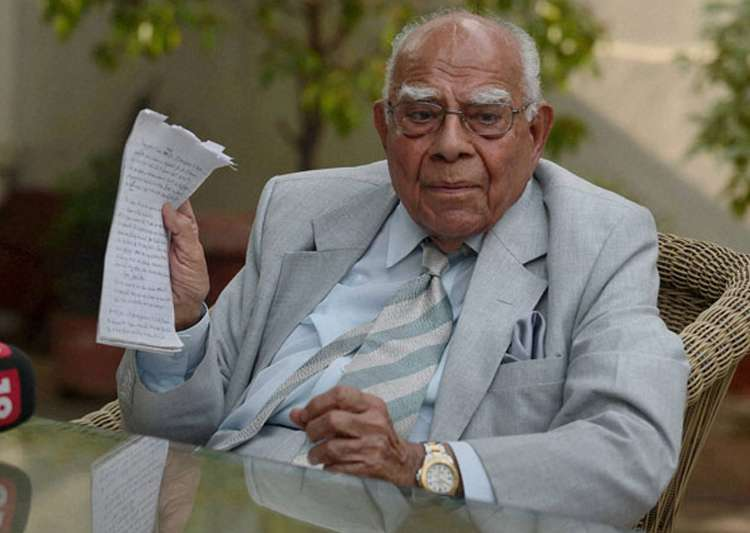 Ram Jethmalani quits as Arvind Kejriwal's counsel in defamation case
