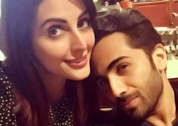 Ex-Bigg Boss Contestant Mandana Karimi Files Domestic Violence Case
