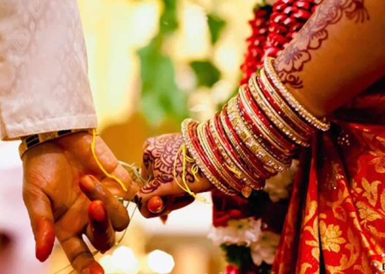 Law panel has called for making marriage registrations- India Tv