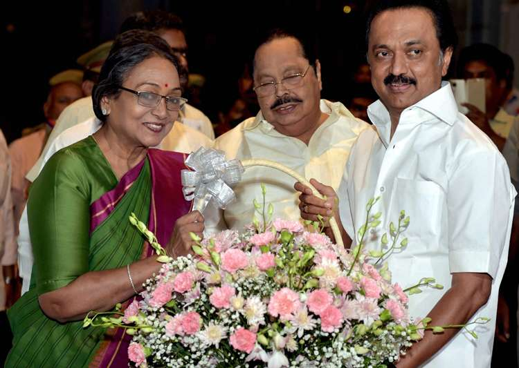 Meira Kumar appeals to Tamil Nadu MLAs, MPs to heed to- India Tv