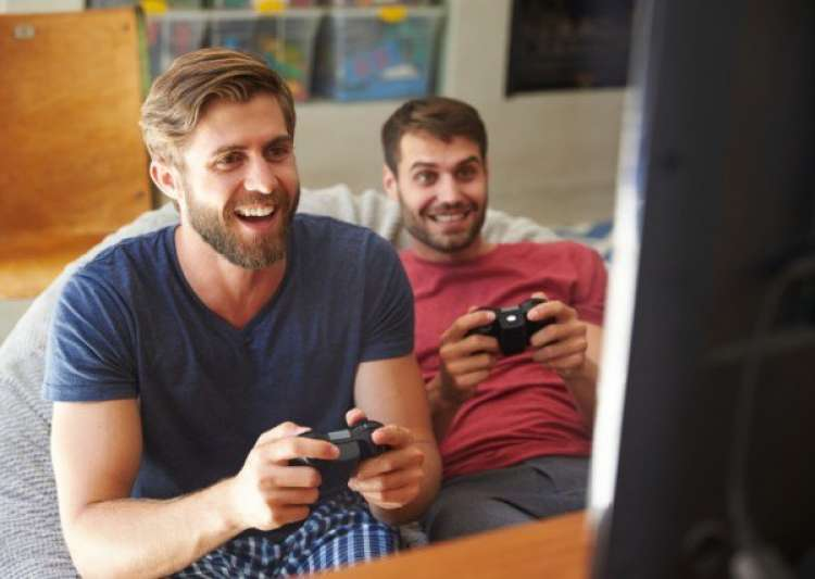 Playing video games found to combat workplace stress