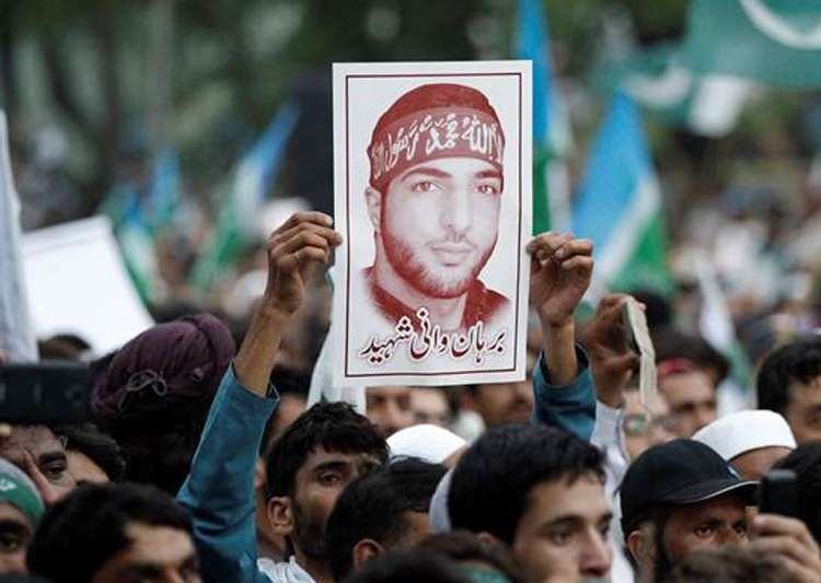 Police Clamp Down in Indian Kashmir on Anniversary of Militant Leader's Death