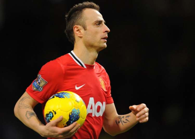 Former Man Utd forward Berbatov moves to Indian league