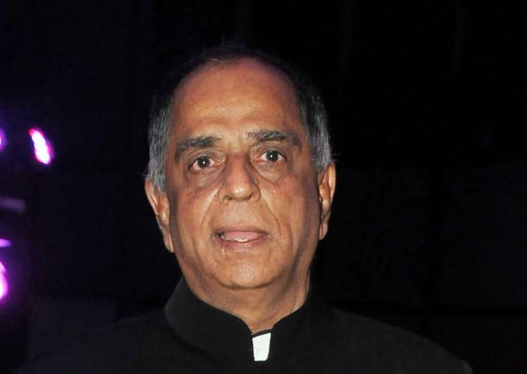 CBFC Chief Pahlaj Nihalani sacked; Prasoon Joshi to replace him