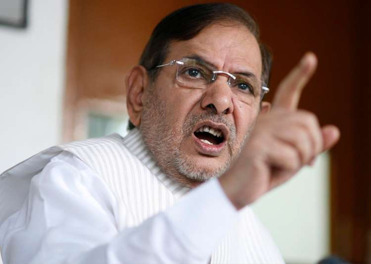 Sharad Yadav congratulates Ahmed Patel on winning RS poll