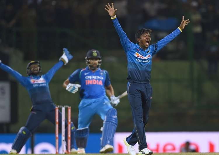India beat Sri Lanka by three wickets in second ODI