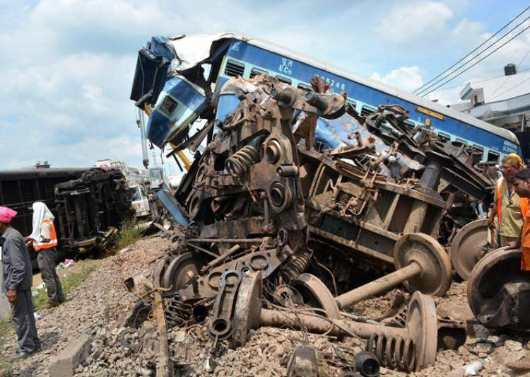 20 killed, 40 injured as Kalinga Utkal Express derails in UP