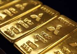 gold silver slip further on selling