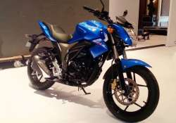 suzuki gixxer launched at rs 72 199