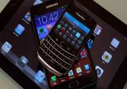 preference for large smartphones eating into tablet sales