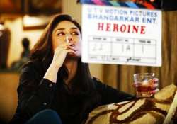 heroine producers move delhi high court over smoking scenes