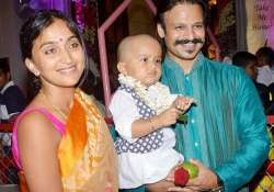 vivek oberoi daughter s first picture out pic inside
