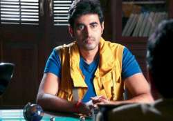 yash sinha shoots with dwarves