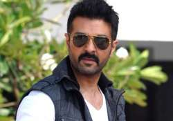 harman baweja to try his hands on comedy