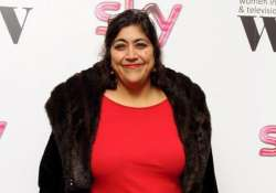 gurinder chadha co produces reality show desi rascals for