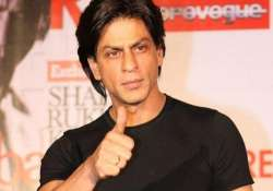 shah rukh khan wrapped up fan shoot