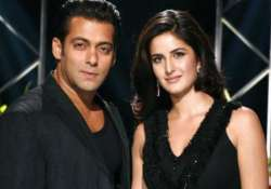 salman khan meets ex girlfriend katrina chats with her in