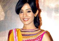 amrita rao ventures into tv to maker her debut with tv s