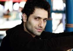 shiney ahuja takes legal action over micromax cellphone ad