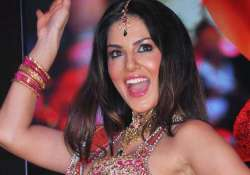 sunny leone to sizzle in item number for dk