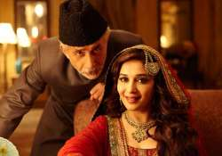 dedh ishqiya box office collection slow start may pick up