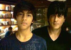 shah rukh wants aryan to learn important lessons of life