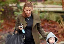 coleen rooney protecting house from spider by using conker