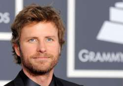 dierks bentley returns home to mainstream sound