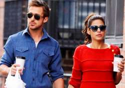 gosling wants mendes to cover up